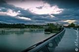 Los puentes son para unir. Por eso es lo primero que se dinamita en todas las derrotas. Mantengamos un puente, aunque estrecho y endeble, y no nos habrán vencido.